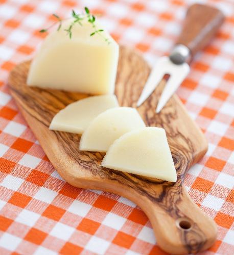 Żółty ser niskotłuszczowy