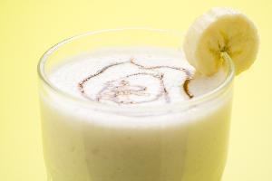 Egzotyczny koktail bananowy