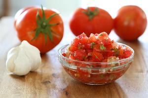 Salsa z surowych pomidorów