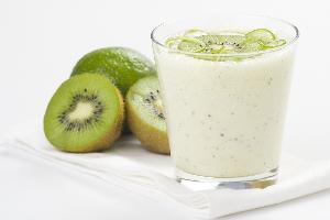 Jogurtowy mus z kiwi i limonk�